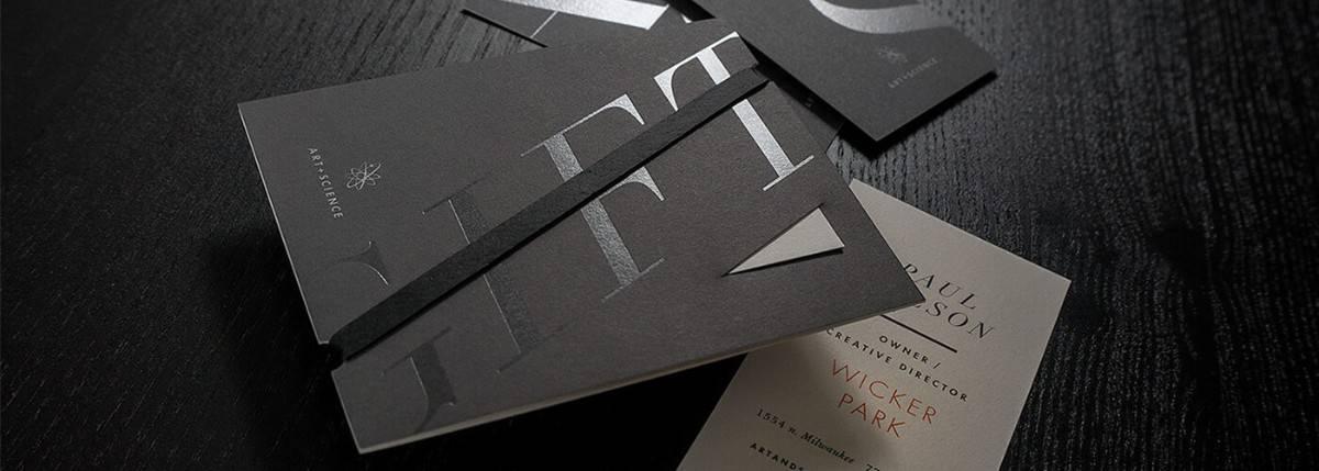 黑色主題的名片設計