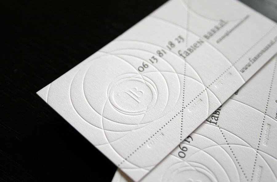 搶眼、抽象的名片設計