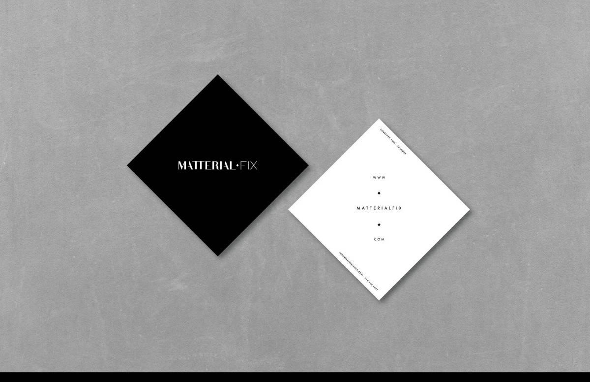 簡約質感的黑白名片設計