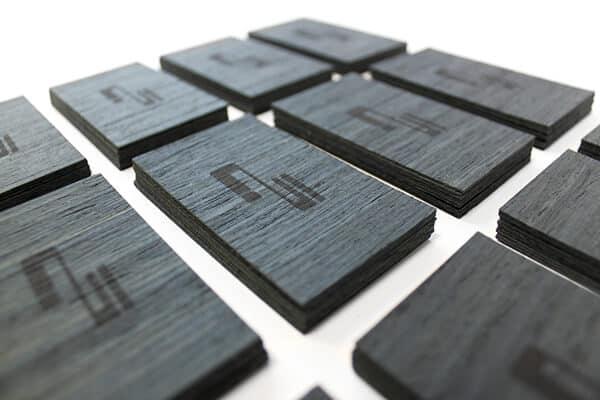 木頭材質的名片設計-雷射